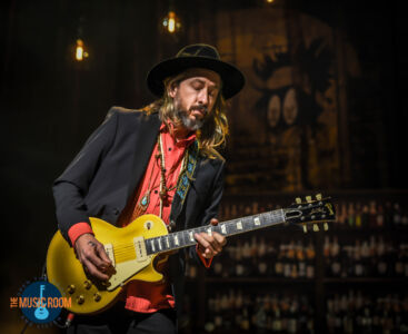 Black Crowes Isaiah Mitchell