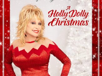 A Holly Dolly Christmas Album Cover
