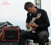 guitarist-at-work-2