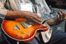 guitar-alice-2